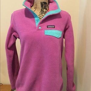 Patagonia pink fleece pullover